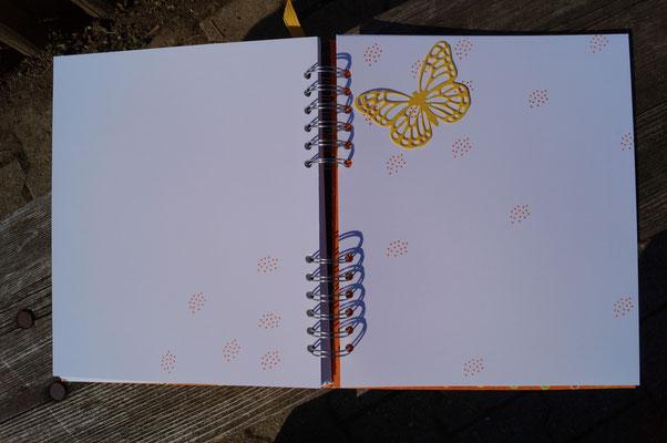 Ein Schmetterling muss auch dabei sein! - Patricia Stich 2015