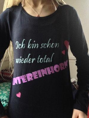 Shirt für mein Einhorn-Mädl, hast sie selber alles ausgesucht