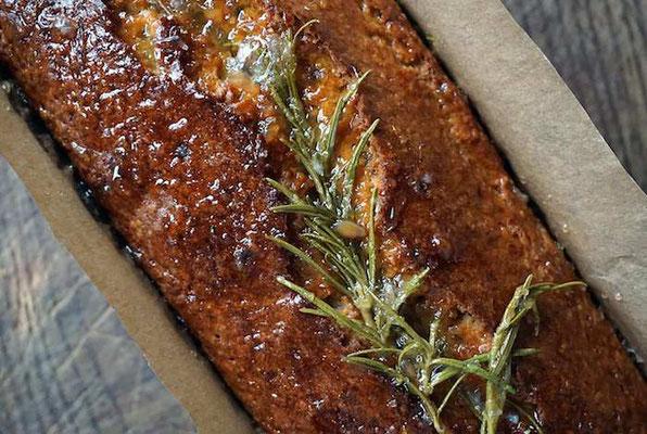 Olivenöl-Rosmarin-Bergamotte-Kuchen (develloppa)