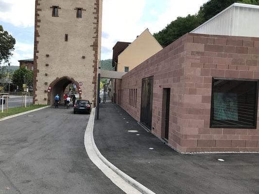 Das Umfeld des Mainzer Tores - Wer hat denn das genehmigt?