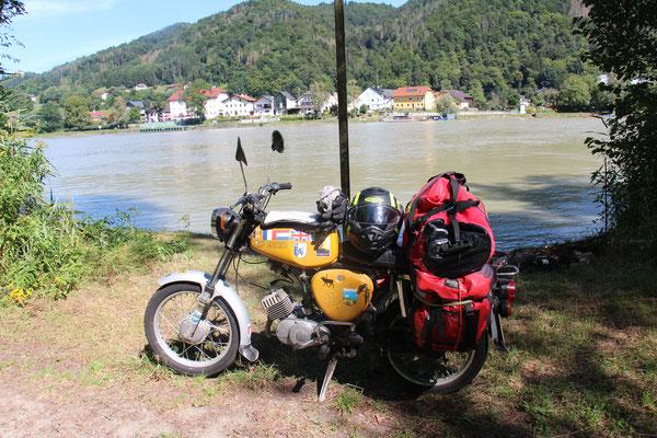Pause an der Donau
