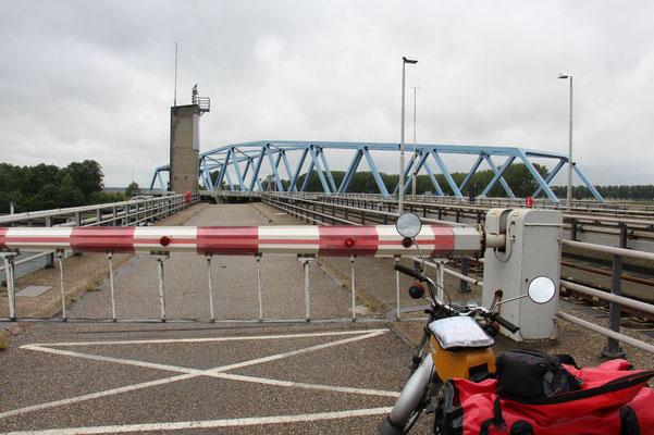 Drehbrücke in den Niederlanden