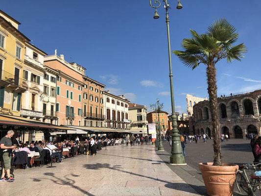 Piazza Brá, Verona