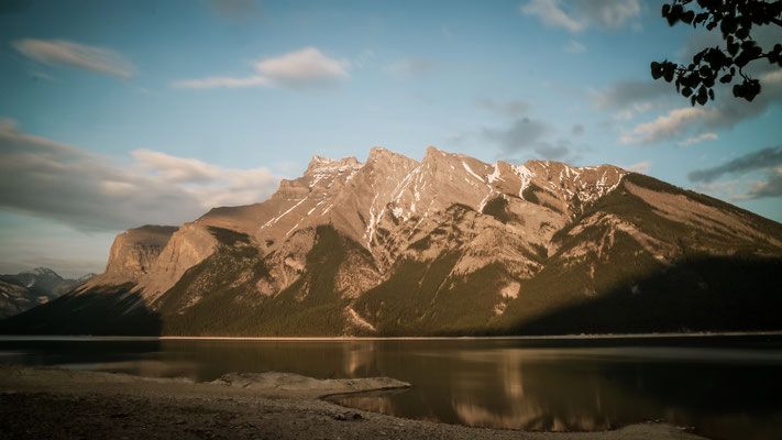 Lake Minnewanka, Kanada