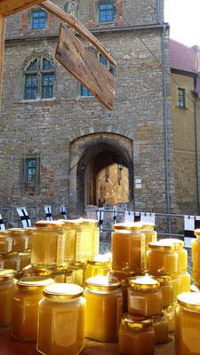 Mittelalterlicher Markt auf der Ordensburg Liebstedt