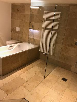 Umbau Dusche mit Jurakalk Naturstein Arbon
