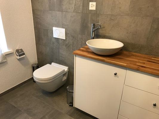 Umbau WC Wandbeläge aus Keramik Islikon Frauenfeld
