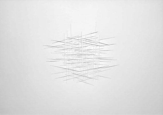 FRANZ RIEDL, Horizontale Schichtung (durchgehende Linie I), 2017, Papierrelief, Karton geschnitten 71x101cm