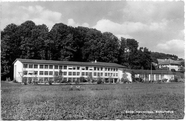 Schulhaus Dorf - 1951