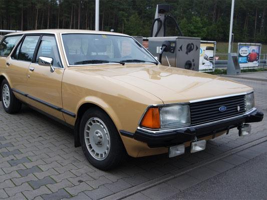 Ford Granada vorne rechts