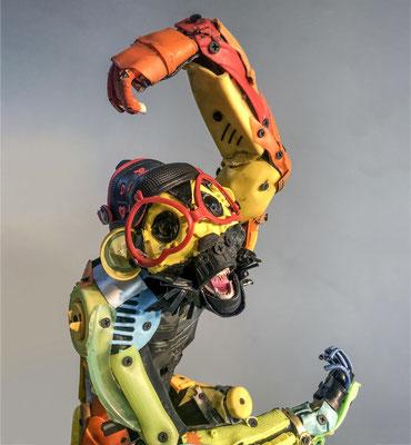 Serie Monos / Esculturas hechas con metal reciclado / Disponible