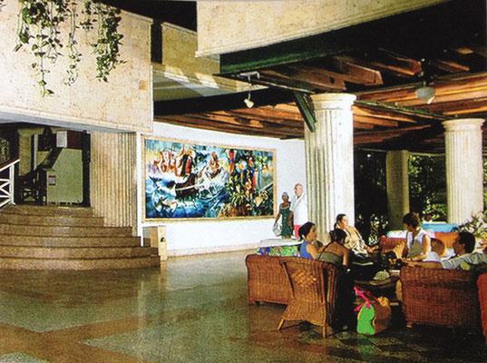 """Hotel Las Américas Beach Resort Cartagena, Colombia. Mural """"El Descubrimiento"""" / Acrílico sobre lienzo / 7 x 2 metros."""