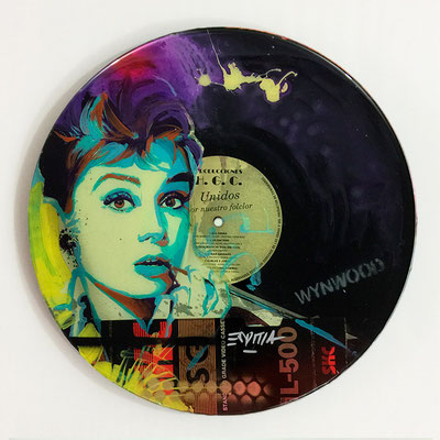"Vinyl Records ""CELEBRITIES"" serie / AUEDRY HEPBURN by ©Rafael Espitia"
