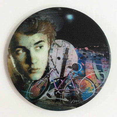 "Vinyl Records ""CELEBRITIES"" serie / JUSTIN BIEBER  by ©Rafael Espitia"
