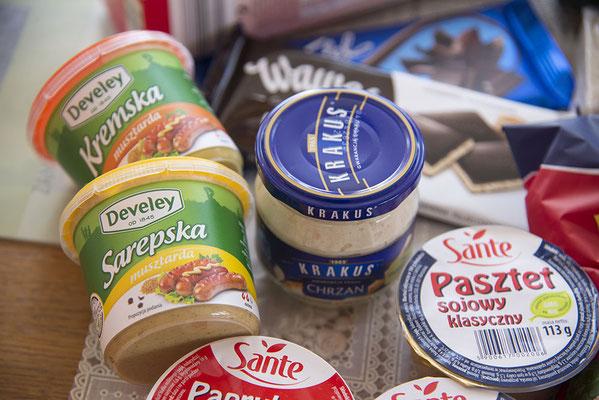 Senf süß und pikant sowie Meerrettich beides von Carrefour