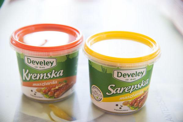 Senf süß und pikant von Carrefour. Der süße Senf schmeckt als wäre Honig drin..ist aber wirklich nur Zucker ;)