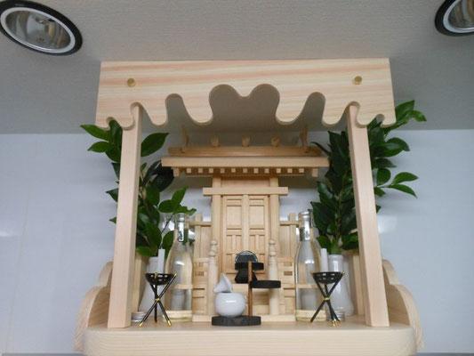 中神明(唐戸)+国産檜棚板+上部&サイド雲板セット