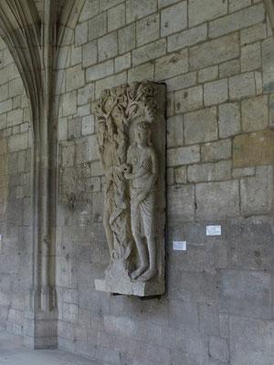 Statue du cloître