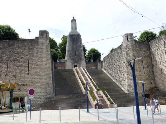 Le monument aux morts - Verdun