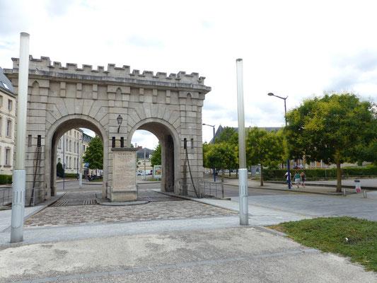 La porte Saint-Paul et ses pont-levis