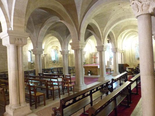 La crypte restaurée de la cathédrale