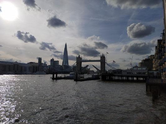 Ausblick auf die Tower Bridge