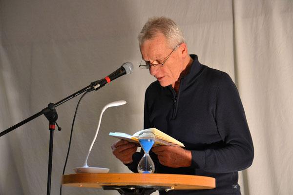 """Konrad Fischer las aus """"Das  diktierte Leben des Herrn F"""""""