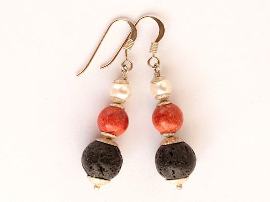 Ohrhänger aus Lava, Schaumkoralle und Perle