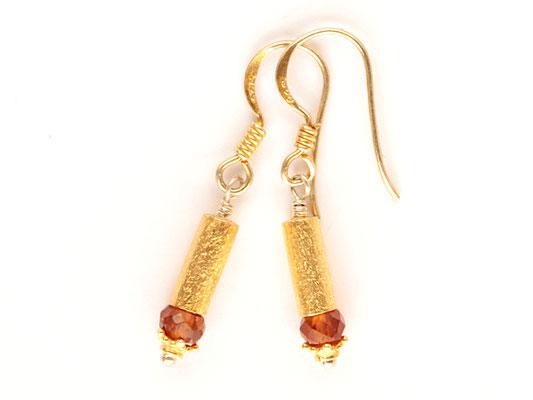 Ohrhänger mit cognacfarbenen Saphiren