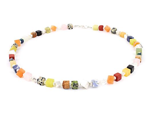 Bunte Würfelkette mit Perlen