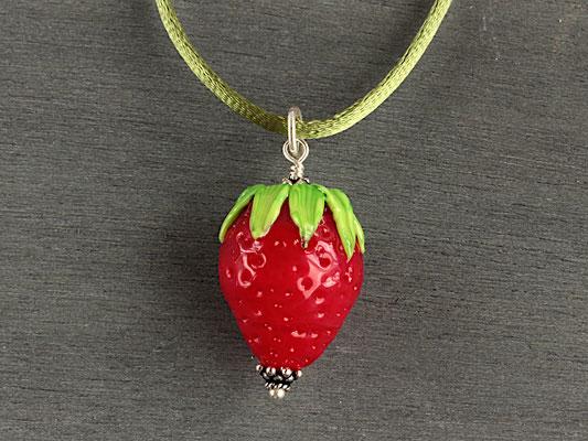 Erdbeer-Anhänger