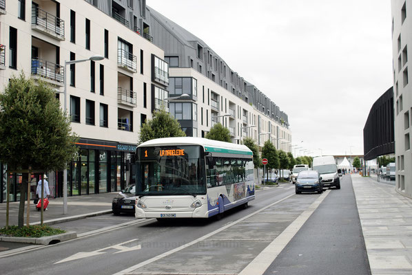 75, arrêt Gares, le jour du lancement du nouveau réseau.
