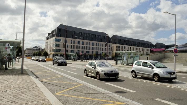 L'avenue Anita Conti, déjà très circulée et qui est amenée à l'être encore plus, induisant une gêne pour la circulation des bus. Photo Antoine H.