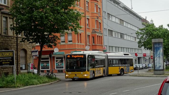 ...ou plutôt vers l'hybride diesel - électrique comme à Stuttgart...