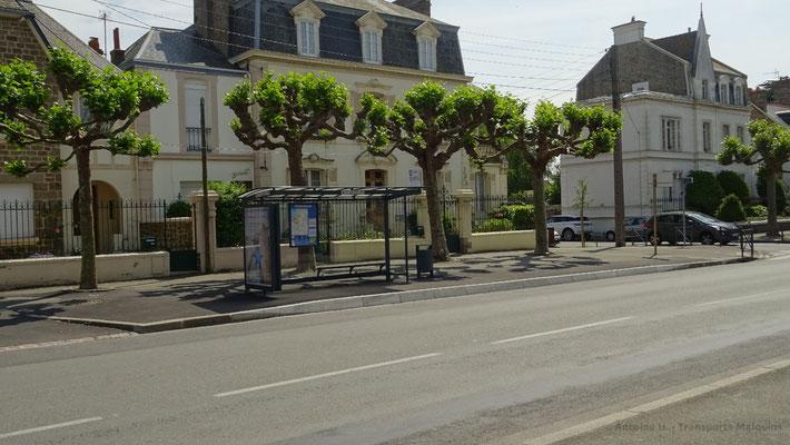 Arrêt COURTOISVILLE, où l'enclave a été supprimée. Photo Antoine H.