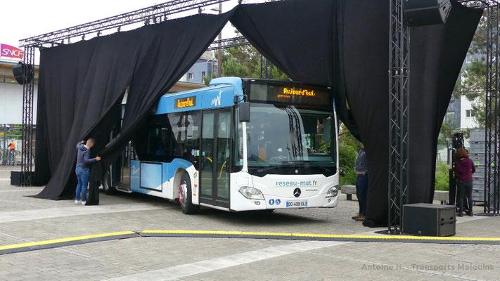 Mercedes Citaro 2 N lors de l'inauguration du réseau MAT, Gares