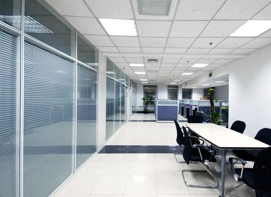 Terrain en zone commerciale d'une superficie d'environ 3500m² Superficie : 3500m²