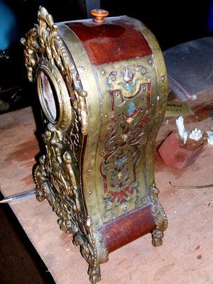 Porte montre marqueterie boulle avant restauration.
