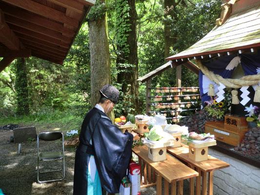 5月8日例大祭神事
