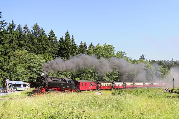 Mit Volldampf zum Brocken am 1. Juli 2015, der Zug verlässt Drei Annen Hohne Foto: Christian Schulz