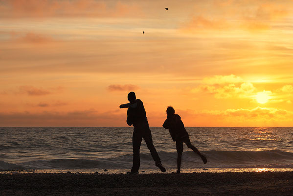 """""""Synchron"""" - Sonnenuntergang an der Westjütlandküste bei Vrist Bild 009 Foto: Regine Schadach"""