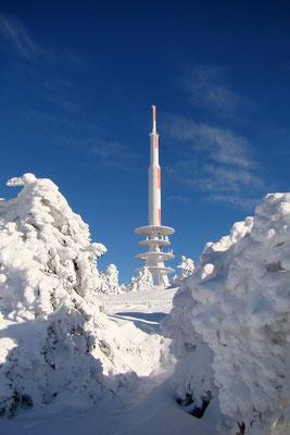 Auf dem Brocken - Blick zum Sendeturm der Telekom - Foto: Christian Braun