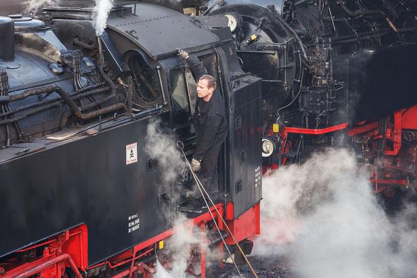Harzer Schmalspurbahnen - im Bahnhof Wernigerode - Bild 009 - Foto: Regine Schadach