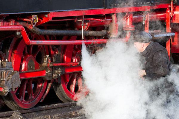 Harzer Schmalspurbahnen - Fahrwerk der Dampflokomotive der Baureihe 99 - Bild 002 - Foto: Regine Schulz