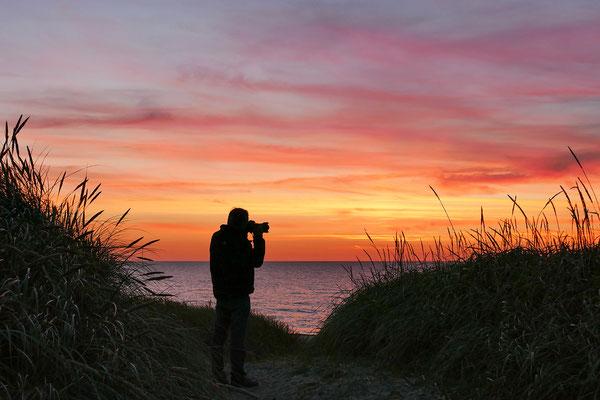 Sonnenuntergang an der Westjütlandküste bei Vrist - Dänemark - Bild 013 Foto: Regine Schadach