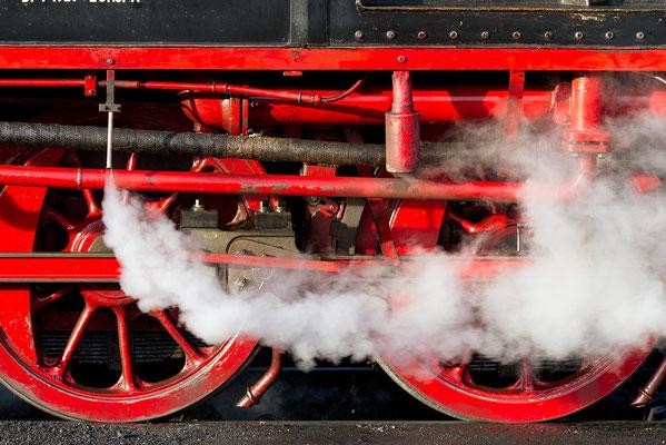 Harzer Schmalspurbahnen - Fahrwerk der Dampflokomotive der Baureihe 99 - Bild 001 - Foto: Regine Schulz