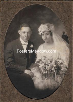 Kiesel, Charles & Froehlich, Caroline - Nov. 28, 1923 - Location unknown