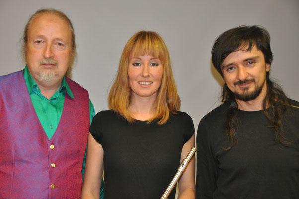 """KuBe Konzert """"Femmes Natales und Juan Pablo"""", Michael Britz mit Natasha Bagrova und Juan Pablo Gonzales Tobon am 30. September 2017 im Leidinger."""
