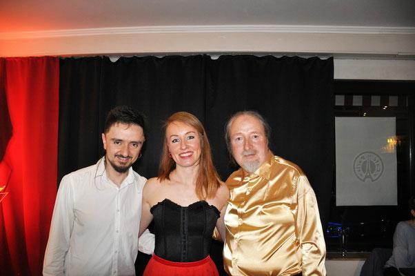 "KuBe Konzert ""DOS MAS"", Musik aus Südamerika. Mit Juan Pablo, Natasha Bagrova und Michael Britz am 09.03.2019 im Cafe Paris."