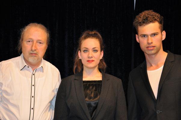 """KuBe Konzert """"Dou FredeRic"""". Es gab an dem Abend ein Ersatzprogramm mit der Sopranistin Elisa Wehrle und Rick-Henry Ginkel. Michael Britz mit Elisa Wehrle und Rick-Henry Ginkel."""